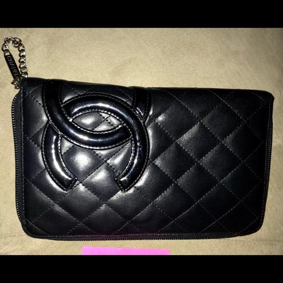 CHANEL Handbags - Chanel Quilted Cambon Ligne Zippy Organizer w/pink